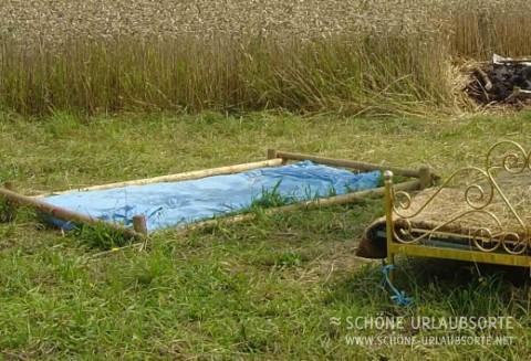 Bed & Breakfast - Unterfranken - Ein Bett im Kornfeld
