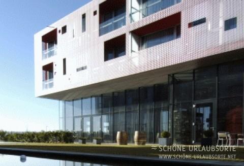 Hotel/Zimmer - Kamptal - Loisium –  Weinbau und Architektur