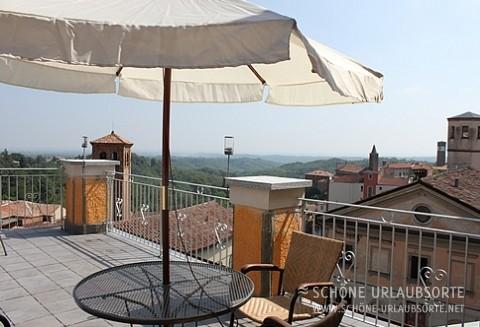 Ferienhaus - Asti - Urlaub mit Freunden in italienischer Villa