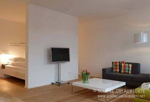 Hotel/Zimmer - Pfalz - freunde@julius.pfalz.de