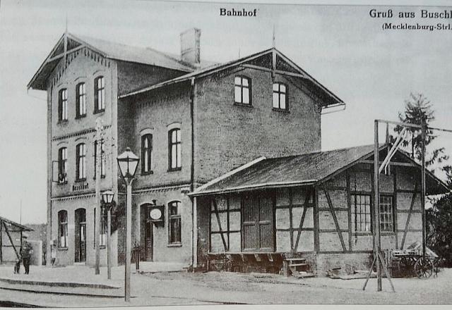 Ferienwohnung - Mecklenburgische Seenplatte - Urlaub im Alten Bahnhof - 2. Stock